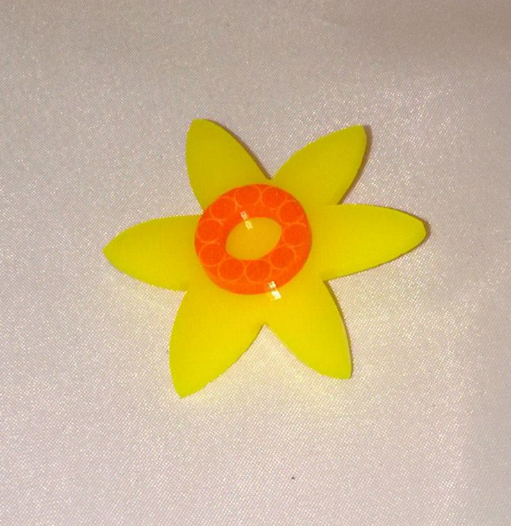 Handmade laser cut and engraved acrylic daffodil brooch - Designed and created in Pembrokeshire, South West Wales!