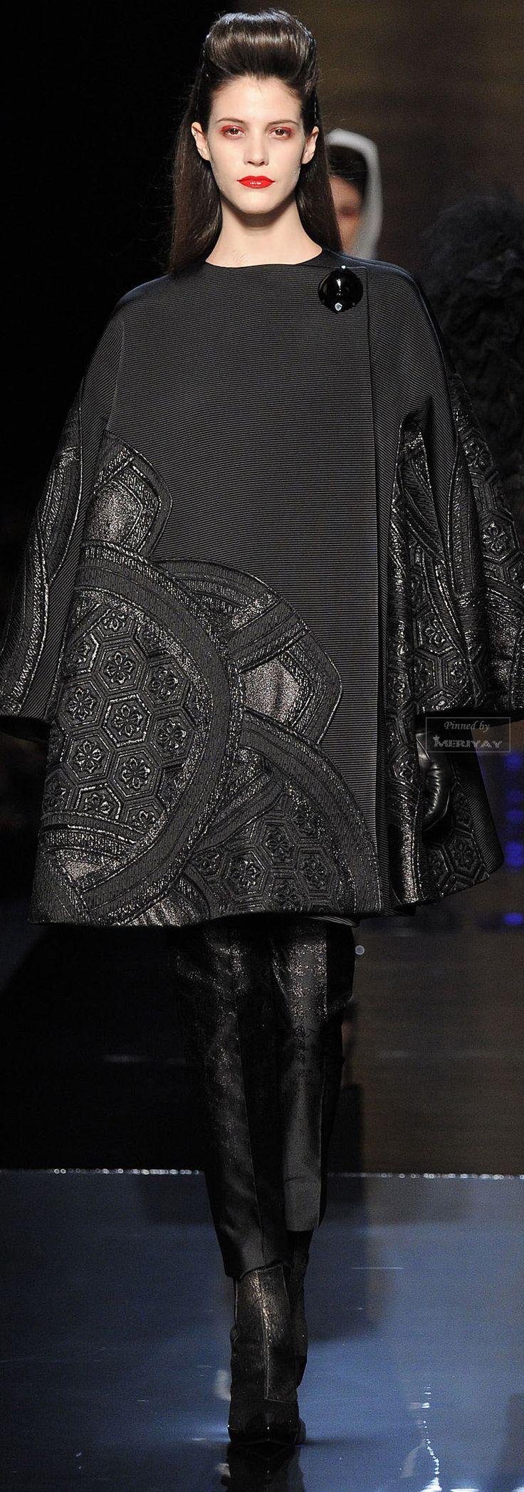 Jean Paul Gaultier FallWinter 2014-2015 Collection – Paris Fashion Week