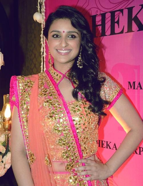 Parineeti Chopra in gorgeous pink and peach outfit