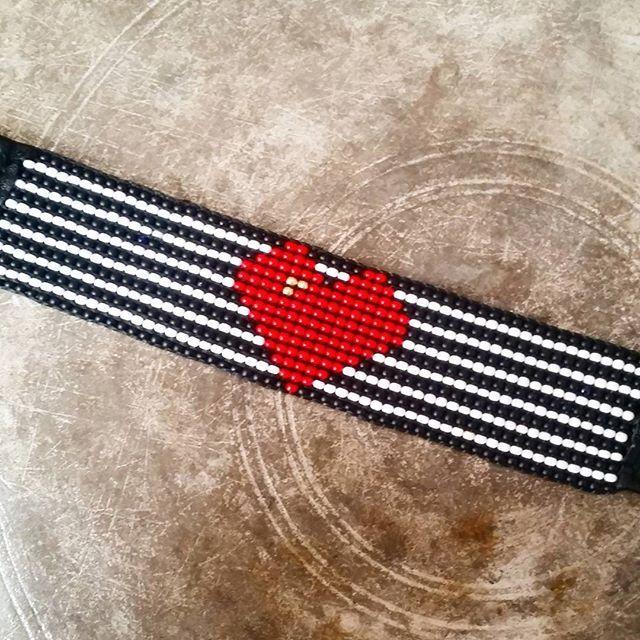 #beadloombracelets #seedbeads #kumboncuk #bileklik #handmadewithlove #handmadeloves #goodcharma #boncukişleme #kolye #tarz #handmadeaccessories #handmadeaccessory WhatsApp 05423876252 / DM