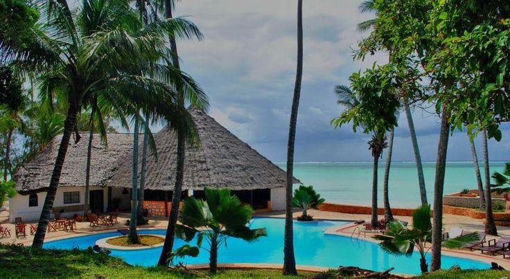 Туры в Танзанию  Отель Coral Reef Resort, о. Занзибар, Танзания Суперпредложение: Выгодное сочетание цена/качество на выбранные вами даты.  25.11.16 на 9 ночей. ✈ Авиаперелет: #Танзания из Киева  Цена от 828 $ на 10 дней\9 ночей.  Питание: завтрак.  Номер:  Standard. #скидки В стоимоcть входит: авиаперелёт, проживание в отеле с указанным питанием, групповой трансфер а/п-отель-а/п, мед.страховка *Стоимость указана на 1 человека в номере 2 ВЗРОСЛЫХ...
