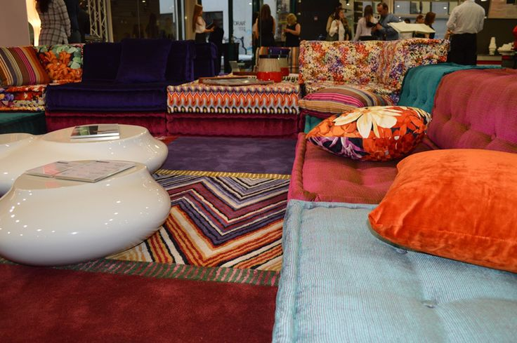 #roche #bobois #showroom #bucharest #living #room #sitting #room #decor  For more pictures with #furniture and #decorations from #RocheBobois visit http://diybazaar.ro/deschidere-showroom-roche-bobois-galerie-foto/