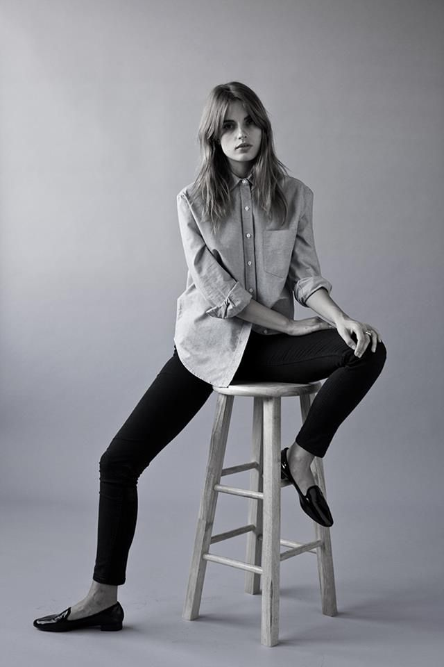 ana kras // ballet flats, skinny jeans and chambray shirt