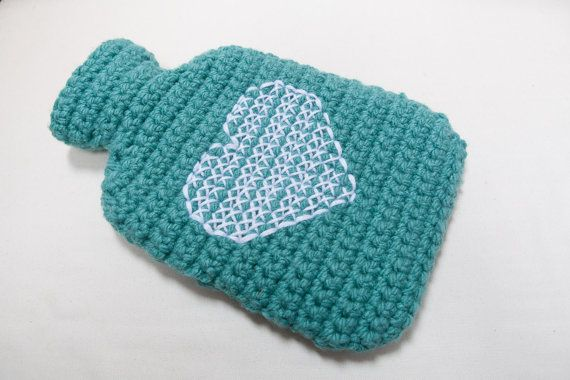 Crochet hot water bottle cover by SweetMaya on Etsy. Christmas sorted!!