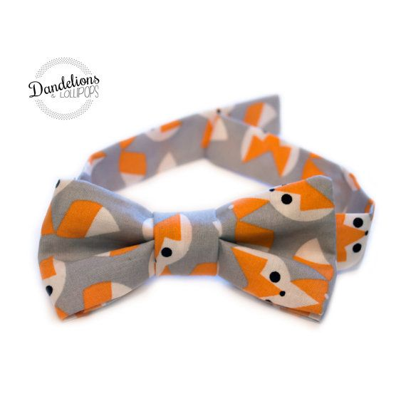 Little Boy's Bow Tie - Fits Ages 3, 4, 5, 6 - Grey Cotton Fabric with Orange Foxes - Smart Dress ideal for Parties, Weddings - Boy's Suit