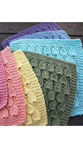 Raindrop Dishcloth: free knitting pattern... Also, you could knit a whole bunch and see them together for a blanket.