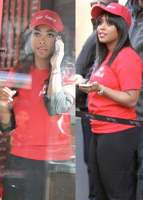 """According to the UK gossip site's source, Kenya had disputes with Keshia Knight Pulliam and Brandi Glanville also but got along really well with Kate Gosselin, Star of """"Jon and Kate Plus 8.""""  Reportedly, the two became close and refused to befriend anyone else on the cast... Read more at: http://www.allaboutthetea.com/2014/05/17/celebrity-apprentice-spoiler-kenya-moore-does-not-get-the-trump-treatment-by-the-donald/"""