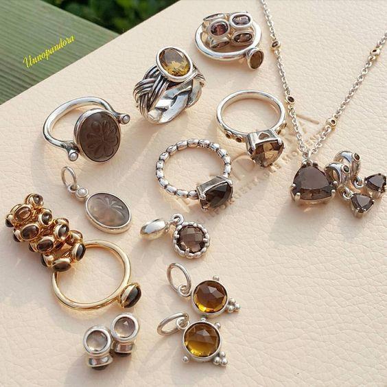 #pandora#collection #pandorabrecelet #smokeyquartz#necklaces #pandoraring#dangle #retiredcharm#charm #smokeyquartzring #diamond#gold#spacer #unnopandoracollection #판도라#투톤참#스모키쿼츠 #갈색수정#판도라반지 #theofficialpandora #myunforgettablemoment