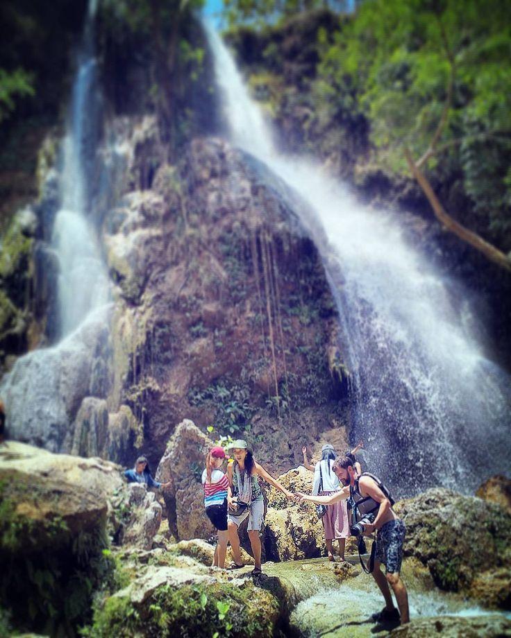 Air Terjun Sri Gethuk : Spot Keren yang wajib dikunjungi di Gunung Kidul Yogyakarta ini Bukti Keindahannya..