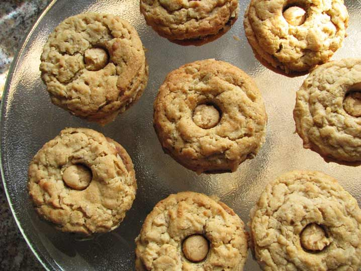''Pirate'' cookies, peanut butter