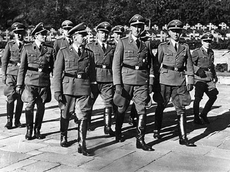 Heinrich Müller with Reinhard Heydrich and Gestapo officers.