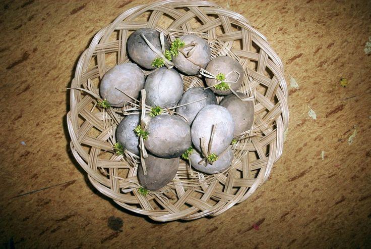 Keramická vejce.