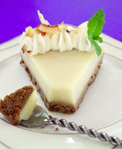 Kefir cheese cake. YUM. Throw in some pumpkin purree and some spices...*drool*