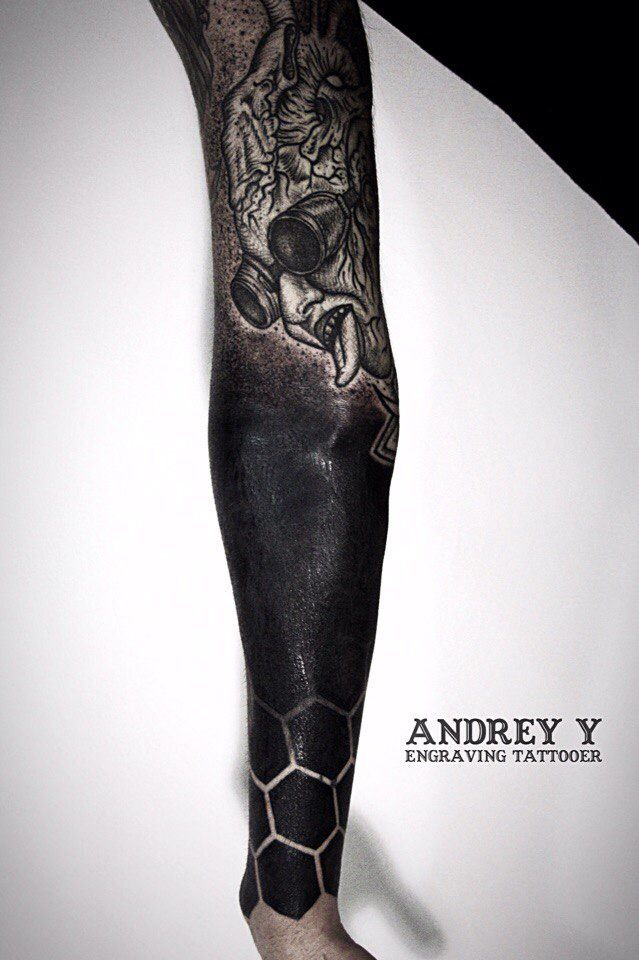 #andrey_y #art #dark #dot #dotwork #blackwork #spb #tattoo #tattooes #tattooing #vladbladirons #linework #workplacetattoo #wptattoo #black #blackworkers_tattoo#666 #tattooist