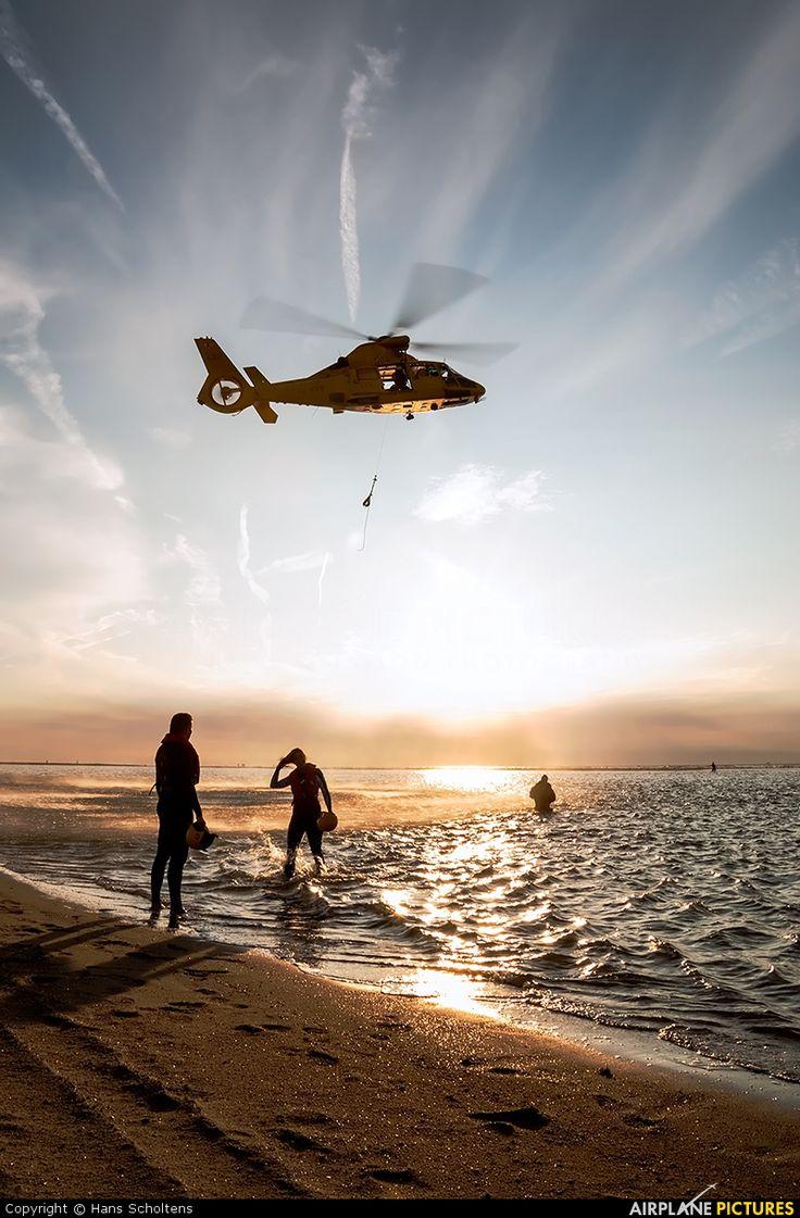 Noordzee Helikopters Vlaanderen (NHV) OO-NHV aircraft at Off Airport photo