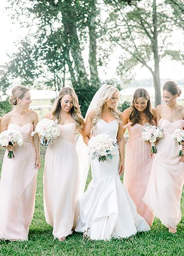 Planning a destination wedding in Charleston, SC? The PPHG experts are sharing why it's easier than ever! PPHG bride Kenly with her bridesmaids at Lowndes Grove Plantation in Charleston, South Carolina | Photo by Aaron and Jillian