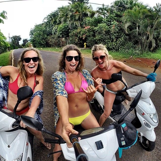 Just cruisin north shore in our bike gang! non-stop adventures with these Tahoe gals! @GoPro @jamieandersonsnow @Hannah Mestel Mestel shepard #gopro #Padgram