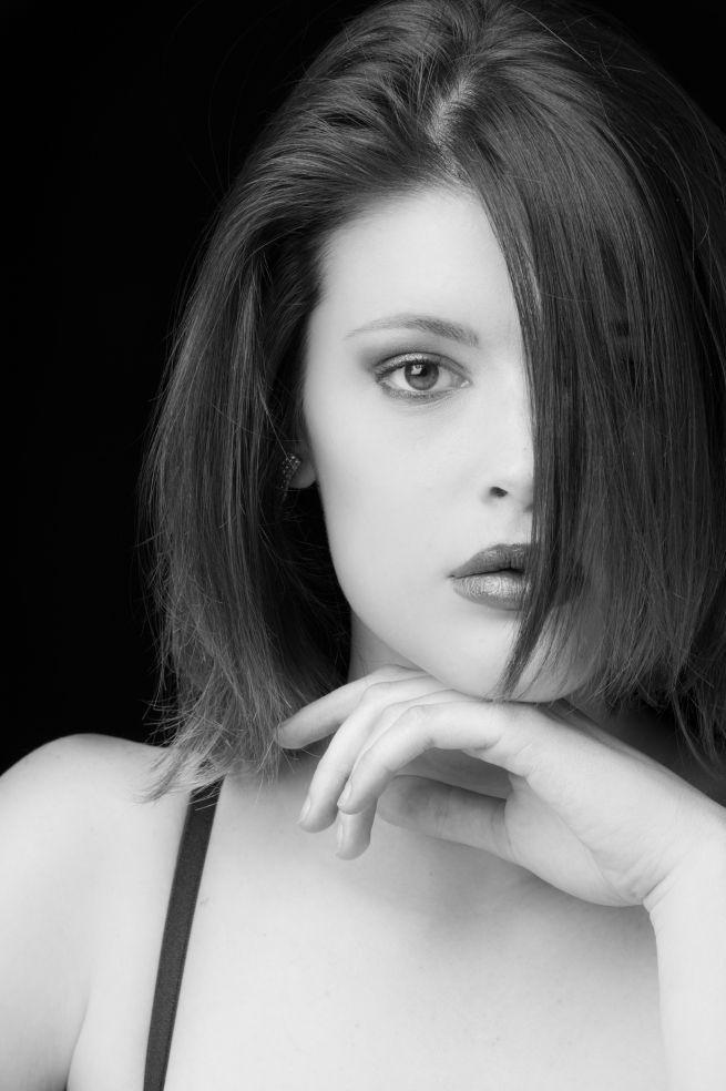 DIEGO ALBINO DENTALE, FOTOGRAFIA - GRAFICA PUBBLICITARIA - PUBBLICITÀ - WEB DESIGN - FOTOGRAFIA DIGITALE - MODEL - SHOOTING