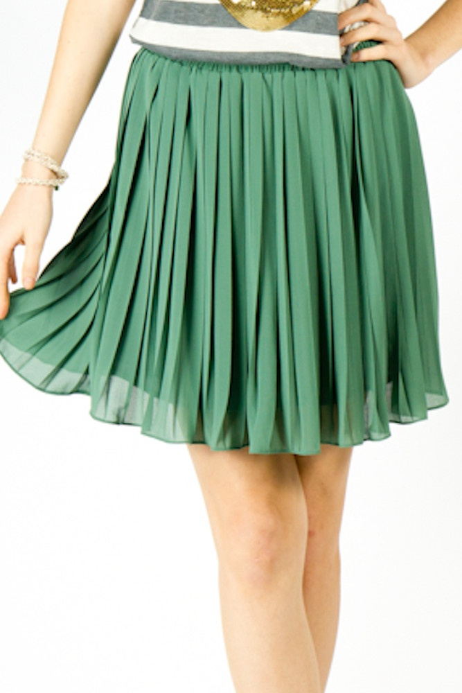 Pleated skirt #jade #springfashion