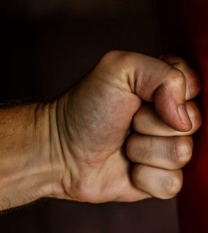 How To Knock A BIG MAN OUT! Even The Biggest Will Go Down With This BRAIN SHAKE Technique.  http://www.thegoodsurvivalist.com/how-to-knock-a-big-man-out-even-the-biggest-will-go-down-with-this-brain-shake-technique/