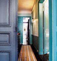 Un couloir entre style baroque et style contemporain - Marie Claire Maison