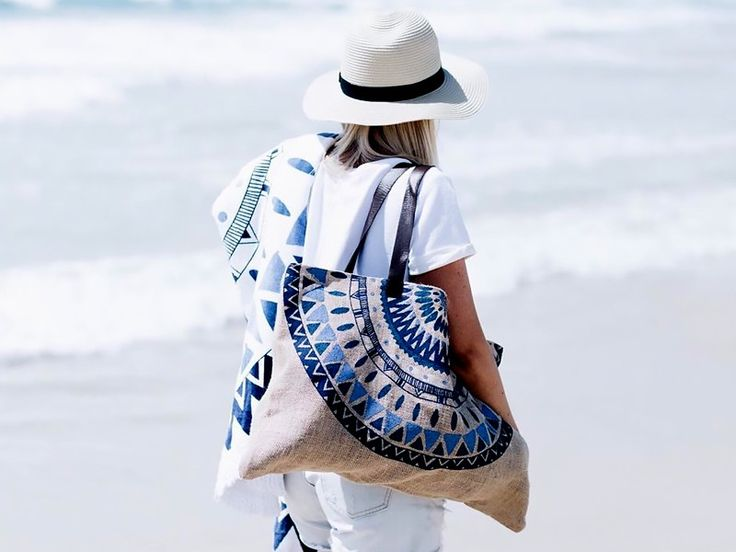 Beach Bag Essentials to Amp Up Your Summer Swag via @MyDomaine