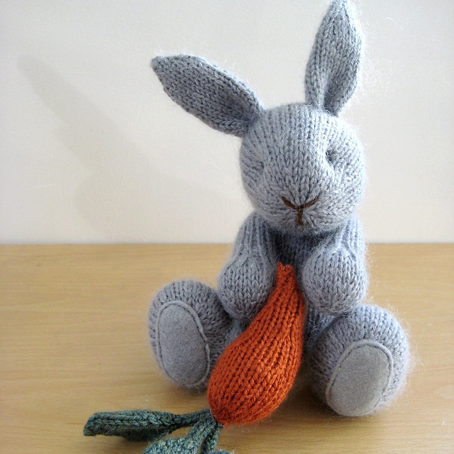 131 best knitting toys images on pinterest knitting patterns carnaby rabbit with basket of carrots knitting by fluffandfuzz dt1010fo