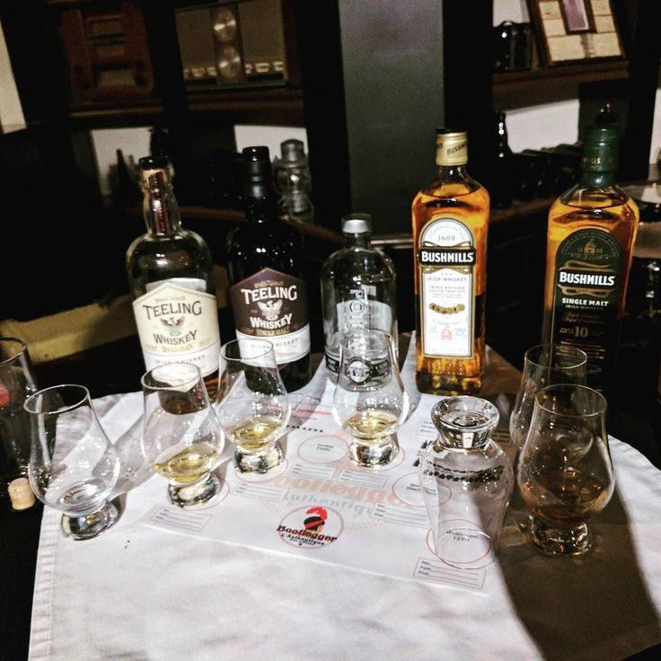 Went to an Irish Whiskey tasting @bootleggerlauthentique . We had a great time. I enjoyed the #Teeling single malt and the #bushmills 10 year. They are great Whiskies for the price.  #Montreal #514 #irishwhiskey #redbreast #saintlaurent #bar #whiskey