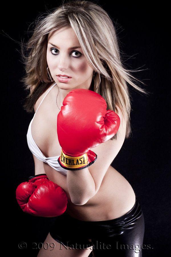 Sexy boxing girls