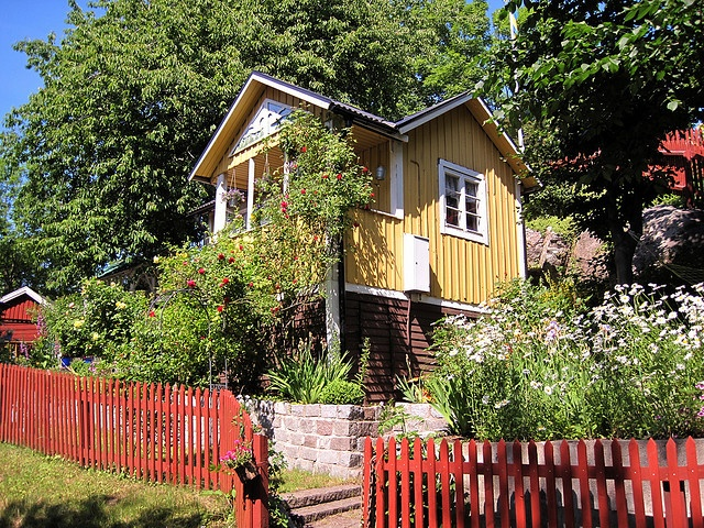 sweden -  looks like a house on the archipelago island we visited out of Göteborg