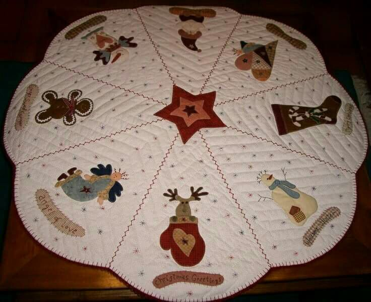 This Would Be A Cute Tree Skirt