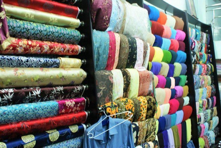Het verhaal achter de Tailor shops in Hoi An Vietnam. Alle kleding kun je zelf laten maken! - Rugzakvolreizen.nl