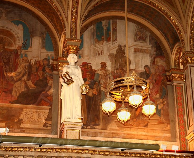 Ceremonial Hall of the Hungarian Academy of Sciences, frescos: Károly Lotz..