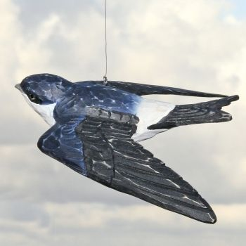 Mehlschwalbe fliegend handgeschnitzt-Vogel- und Naturschutzprodukte einfach online kaufen