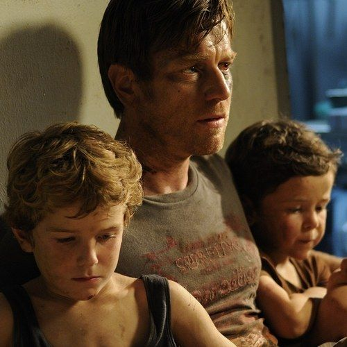 EXCLUSIVE: The Impossible 'Heroes' Blu-ray Featurette -- Naomi Watts, Ewan McGregor and director Juan Antonio Bayona discuss the heroism of the real family behind this drama. -- http://wtch.it/xCMZg