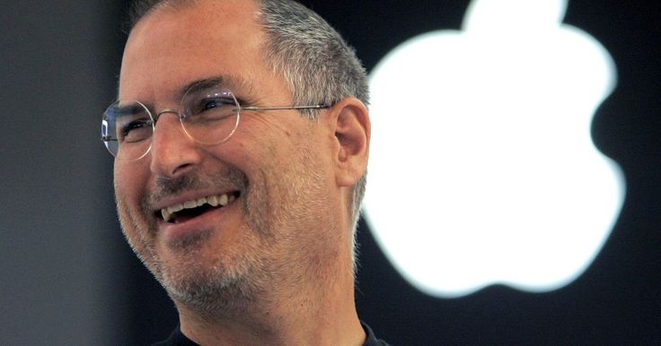 Steve Jobs biological father was from Syria, a fact not been lost on the Twittersphere.