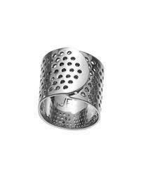 Jennifer Fisher bandaid ring.: Fisher Band Aid, Jennifer Fisher, Bandaid Ring, Fisher Jewelry, Fisher Bandaid, Jewelry Bandaid, Ring Jfisherjewelry, Band Aid Ring, Rose Gold