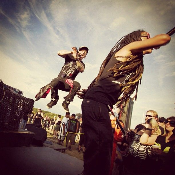 thekeenone:  @n1photo snapped this at #knotfest live from the bouncy stage @sidthe3rd @mach2point8ent #slipknot #tmvsc (Taken with Instagram...