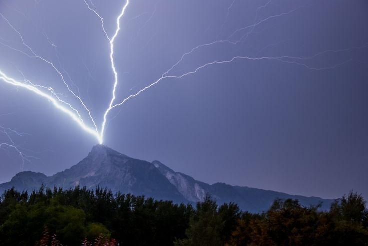 Blitzeinschlag Untersberg / Gneis