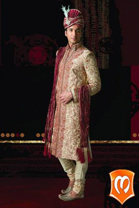#Style is primarily a matter of instinct. Let your instinct pick your outfit every time you #shop #Manyavar.