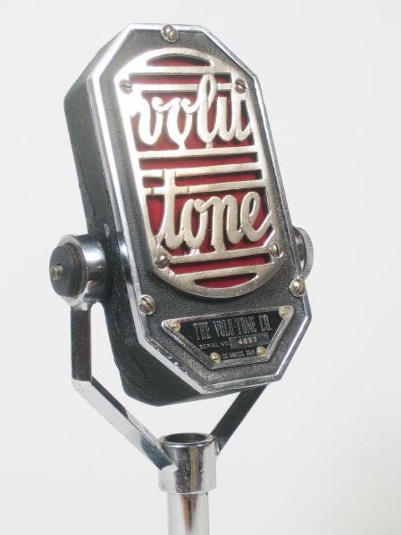 "Universal M4 ""Volu-Tone"" microphone"