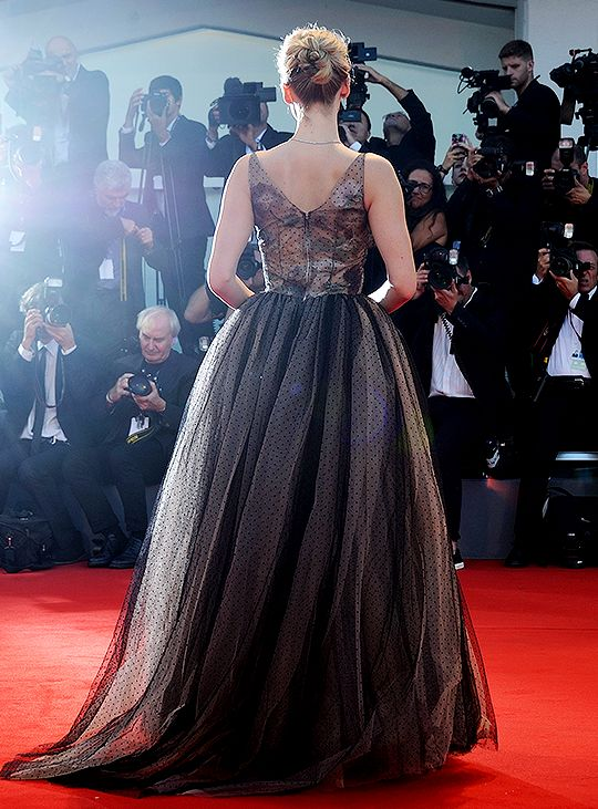 """jenniferlawrenceupdated: """"Jennifer Lawrence attends the World Premiere of 'Mother!' at the 74th Venice Film Festival on September 5, 2017 in Venice, Italy. """""""