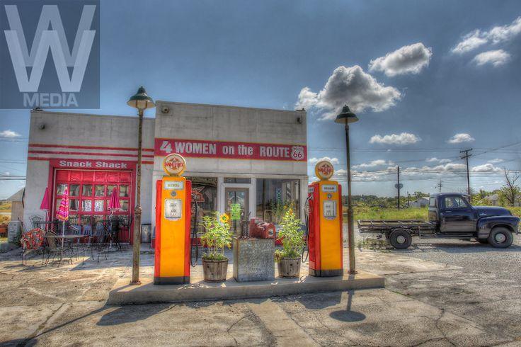 route 66 gas stations ROUTE 66KANSAS Vintage gas pumps