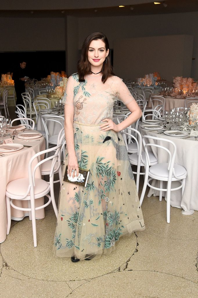 Anne Hathaway attends the 2016 Guggenheim International Gala Made Possible By Dior at Solomon R. Guggenheim Museum on November 17, 2016 in New York City.