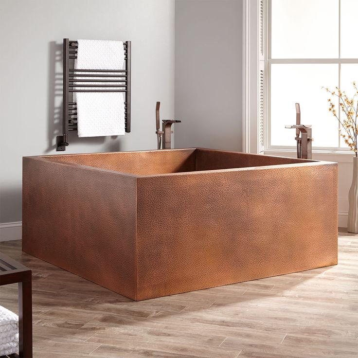"""60"""" Elsinore Square Hammered Copper Two-Person Soaking Tub ..."""