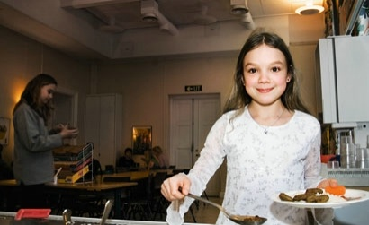 Sweden and Finland are the only countries in the world that serve free school lunches. Photo: Anette Andersson/99Bilder