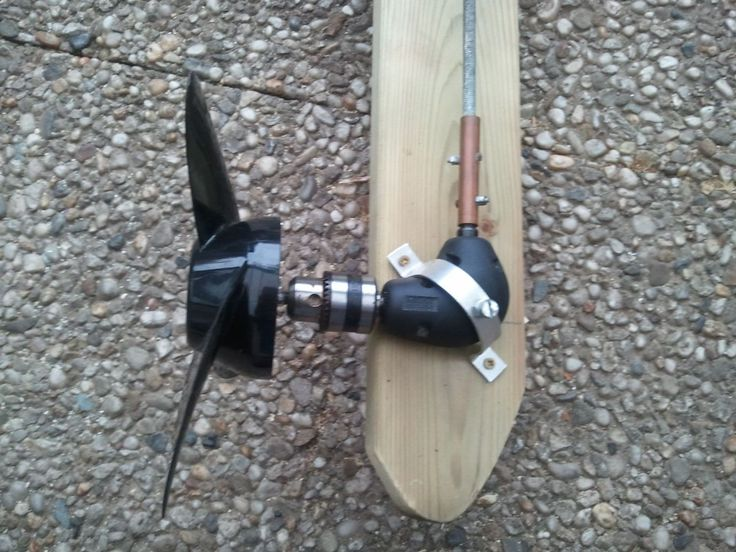 Wooden Outboard Motor Powered by a Cordless Drill