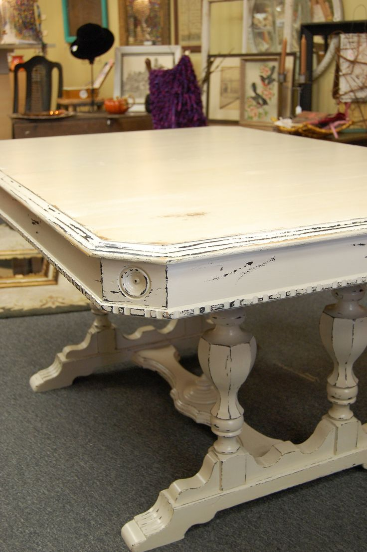 love this shabby chic cottage table.  perfect for my studio!