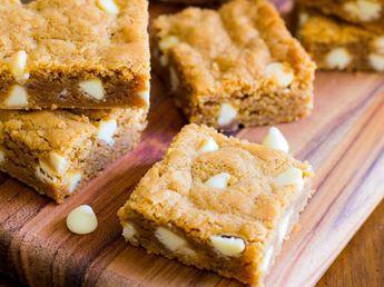 Recette de carrés spéculoos et chocolat blanc au Thermomix TM31 ou TM5. Faites ce dessert en mode étape par étape comme sur votre appareil !