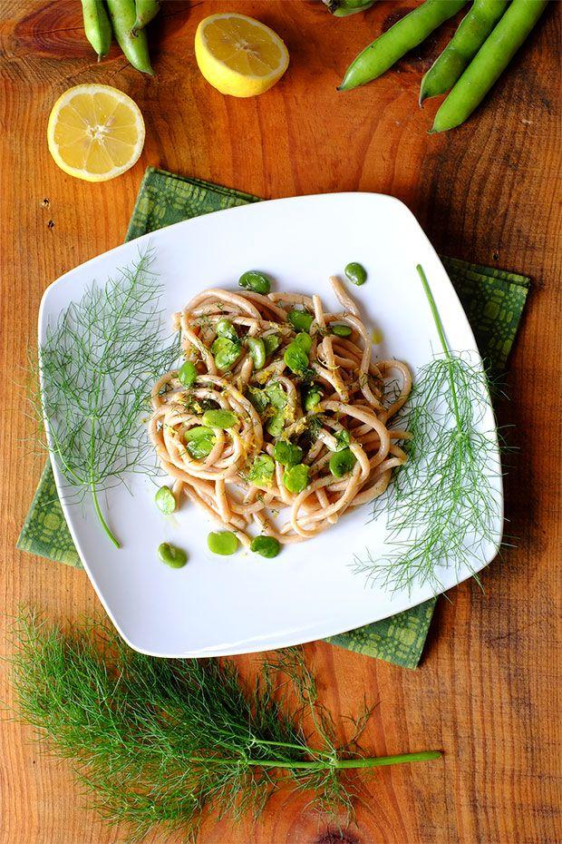Pici caserecci di grano duro con fave e finocchietto selvatico - GranoSalis - Blog di cucina naturale e consapevole